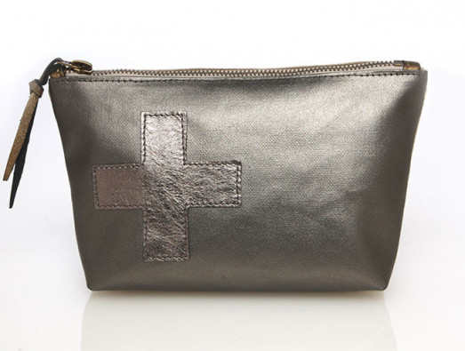 Love Bag: Swiss Cross